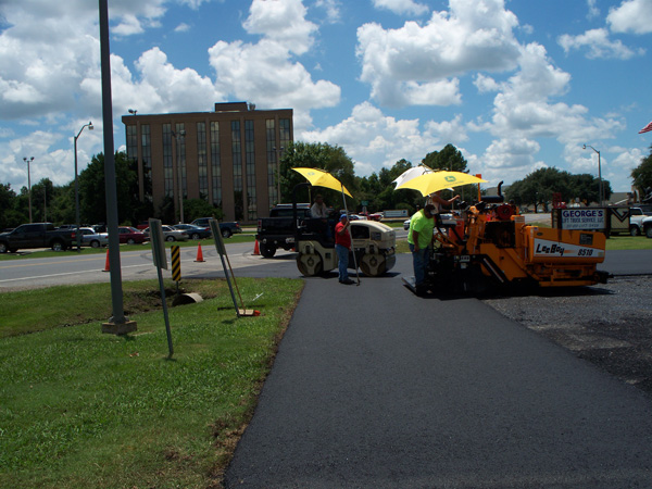 Gordon Blacktopping Service, LLC in Louisiana - new asphalt